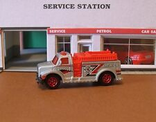 Matchbox Cars Highway Rescue Fire Truck 1:64 (2012) NEW