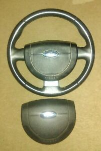 FORD FIESTA  ST 150 MK6 2002-2008 LEATHER STEERING WHEEL ST150 TRANSIT CONNECT