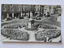 AK 1965 Burns Statue Dumfries, Schottland, mit Briefmarken, gelaufen