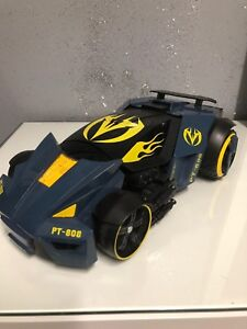 Maisto PT-808  Transformers Police Street Troopers Robot . No Remote