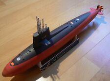 Modelik 08/12 - sottomarino nucleare USS Skipjack con parti Lasercut