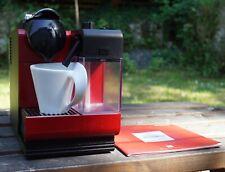DeLonghi Nespresso Lattissima Touch - Red EN521.R Coffee Machine