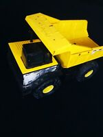 Large tonka metal tipper truck vintage retro