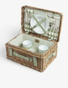 BRAND NEW SOHO HOME COUNTRY HOUSE 2 PERSON PICNIC WICKER BASKET - GREAT GIFT!