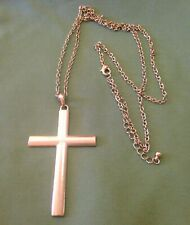 LARGE GOLDTONE VINTAGE CROSS NECKLACE WITH MOVING PENDANT