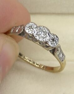 English, 9k Gold Antique Diamond Star Cut Platinum Trilogy Ring ~ Charming 💎