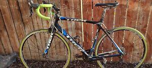 Trek madone 4.5 56cm carbon fiber road bike