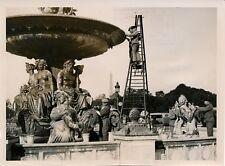 PARIS 1938 - Place de la Concorde Nettoyage des Fontaines - PRB 216