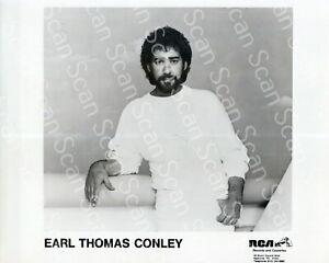 Earl Thomas Conley  Original 8x10 Press Photo Country Music 16