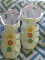 new toddler girls okie dokie thebe white sandals size 10