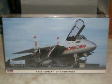 Hasegawa 1/72 Scale F-14A Tomcat 'VF-1 Wolfpack' - Factory Sealed