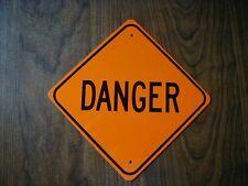 METAL  MINI  DANGER  TRAFFIC  SIGNS MINIATURE