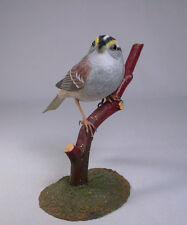 White throated Sparrow  Original Bird Carving/Birdhug