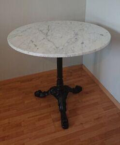 Original THONET Wiener Caféhaus Tisch Bistrotisch rund weißer Marmor Gusseisen