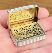 A GOOD EXAMPLE OF A NICE QUALITY EARLY ANTIQUE SOLID SILVER VINAIGRETTE, 1846...