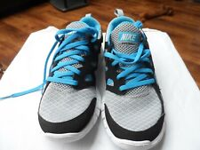 REDUCED BNIB Kids Nike Free Run 2 (GS) size UK 3.5, EUR 36