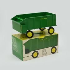 John Deere Chuck Wagon in Ice Cream Box, MINT! 1/16
