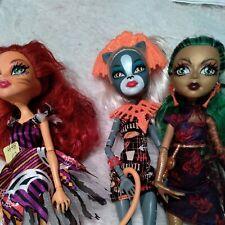 Monster High Ghouls' Getaway Jinafire Meowlody, Tralee Cat Tastrophie #448-12
