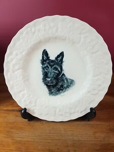 """""""WHISKEY"""" BORN 1951 DOG MEMORIAL PLATE WITH PRINTED IMAGE BY H. PARTINGTON"""