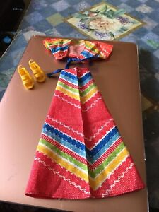 """VINTAGE 1974 THE BIONIC WOMAN DOLL 2 PIECE """"  ' FIESTA  """" """" OUTFIT WITH SANDALS."""