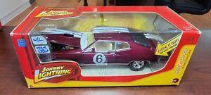 1970 Ford Torino Cobra WHITE LIGHTNING Error Car 1:24 Johnny Lightning Die-Cast