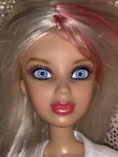 LIV SPIN MASTER Doll Articulated FASHION Doll Blue Eyes Blonde Hair Extra Wig