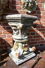 Sandsteinsäule Säule Säulen korinthisch Kapitell Pfeiler Stütze column pillar