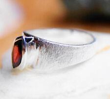 Schlicht Silberring 52 Granat Handarbeit Silber Ring Rot Matt gebürstet Modern