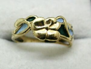 Lovely 9 carat Gold And Enamel Flower Ring Size L