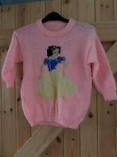 """Nouveau Fait Main Blanche Neige Pull en rose bébé tour de poitrine 32"""" environ à 5 - 8 ans"""