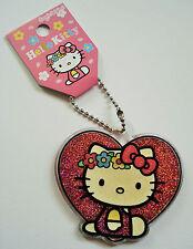 Hello Kitty Anhänger, Kitty auf großem Herz, glitzernd, Original Sanrio NEU OVP