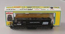 Atlas 7017 HO Scale Penn Central SD35 Powered Diesel Locomotive/Box