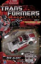 TRANSFORMERS GENERATIONS UNIVERSE CLASSICS DELUXE AUTOBOT RED ALERT NEW ON CARD