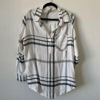 Peyton Jensen white and black plaid tunic top