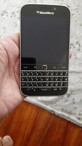 BlackBerry Classic 16GB AT&T Smartphone - Black