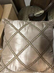 2 Waterford Hazeldene Decorative Pillows