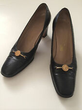 AUTHENTIC SALVATORE FERRAGAMO Sz 7 Classic Black  Pumps