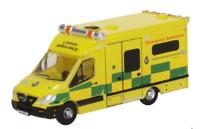 Oxford Diecast NMA002 Mercedes Ambulance London N Gauge