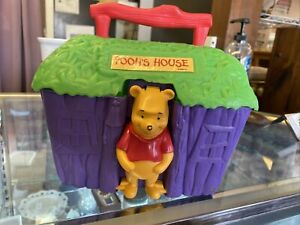 WINNIE THE POOH VINTAGE LUNCHBOX BY THERMOS, POOH'S HOUSE PLASTIC LUNCHBOX