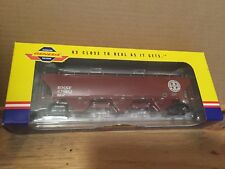 Genesis BNSF trinity 5161 cu. ft. covered hopper 12 Course