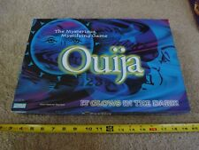 Ouija board by Parker Brothers. Glow in the dark board game. Complete! Nice!