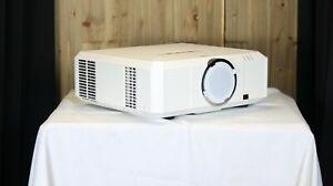Eiki EK-500ul - LCD Projector 1920x1200 WUXGA, 5100 Lumens