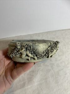 """Vintage Angels And Garland Swags Soap Dish 6"""""""