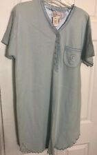 NWT Aria Women Short Sleeve Nightgown Blue with embrodiered pocket  Medium 42x36