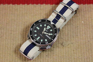 Vintage Seiko Day Date Automatic Watch w/ Cloth Strap 6309-7290 735M R