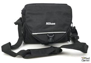 Nikon shoulder camera bag - ideal for smaller bodies - 210316CB05