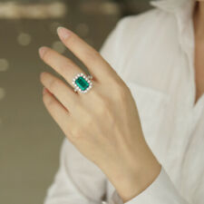 4.0ct 8x11mm AAA Lab Created Colombian Emerald Emgagement Ring 14k White Gold