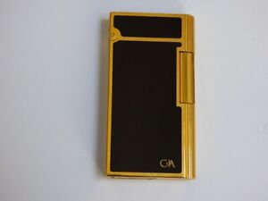 Caran D'ache Lighter - Black Lacquer with Gold Plated Trim