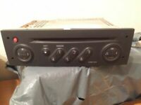 AUTORADIO CD RENAULT  SCENIC 2   REF 8200300858