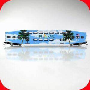 N Scale BOMBARDIER Tri Rail Commuter Passenger Coach Car #1005 --- ATHEARN 10145